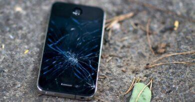 چگونه از شکستن صفحه نمایش گوشی جلوگیری کنیم؟